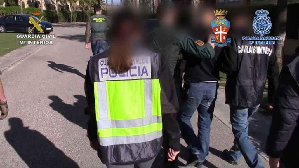 En la operación Alianza las fuerzas policiales se incautaron de 2.700 kilos de hachís. Colaboraron con la Fiscalía italiana.