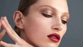 Gucci Westman y sus 10 claves de maquillaje que favorecen a todos los rostros.