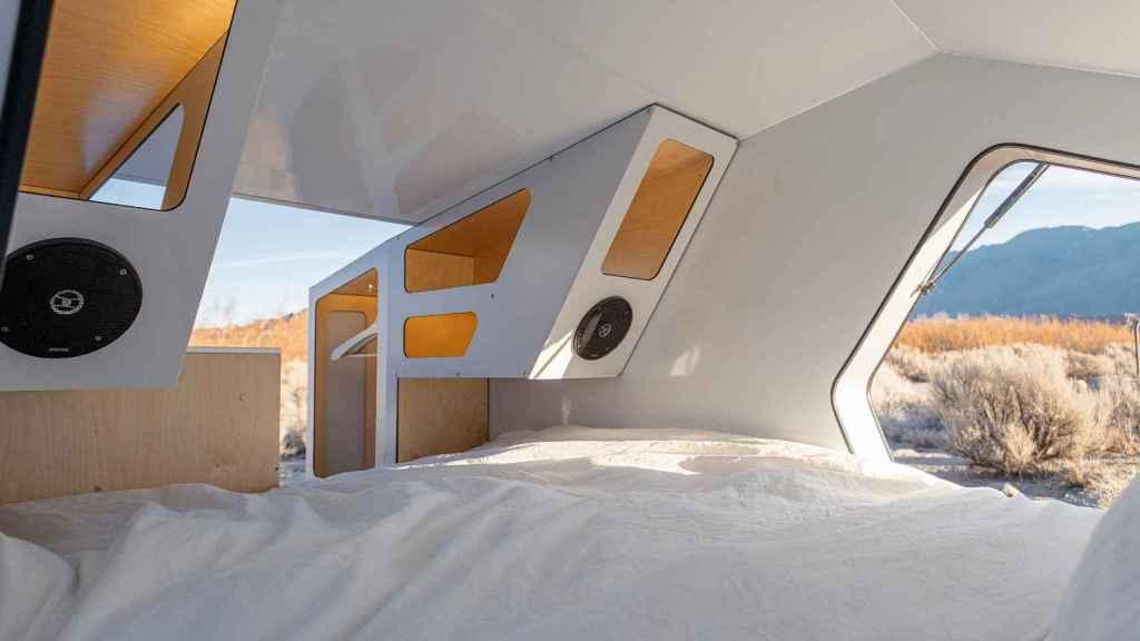 Interior de la caravana Polydrops P17A