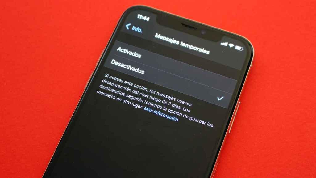 WhatsApp también deja activar que los mensajes se autodestruyan.