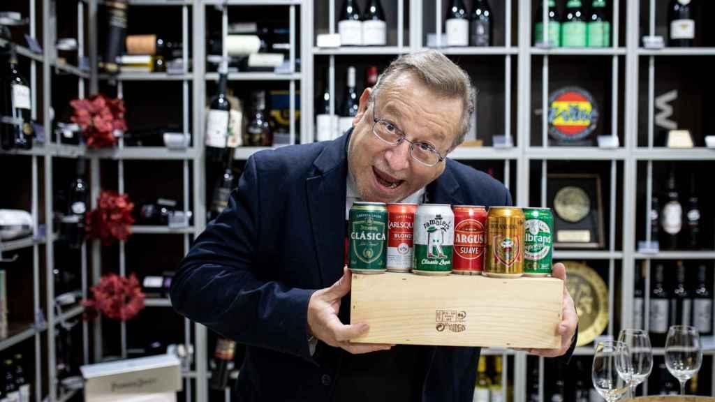 El analista Carlos explica que, desde siempre, tiene pasión por la cerveza.