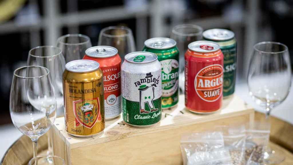 Las seis cervezas de tipo Lager de los supermercados analizadas en la cata.
