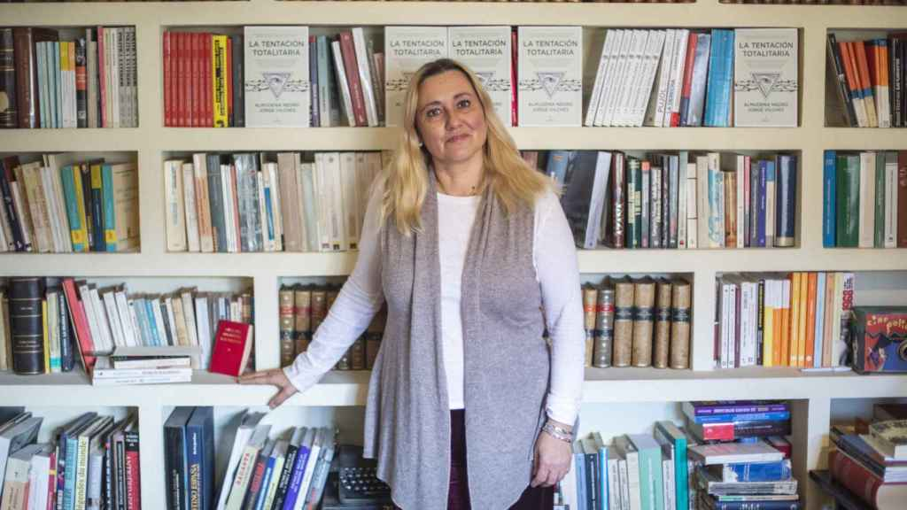 Almudena Negro, periodista y diputada por el Partido Popular en la Asamblea de Madrid.