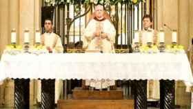 El obispo de Alicante, Jesús Murgui, en un acto litúrgico.