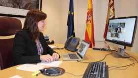 Blanca Fernández, consejera de Igualdad y portavoz del Gobierno de Castilla-La Mancha, durante la reunión