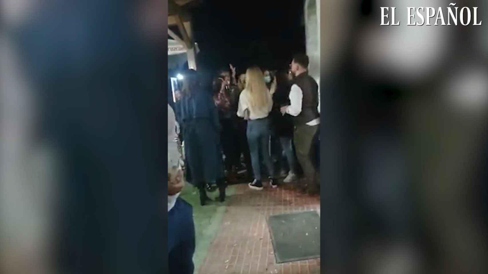 Denuncian a un bar por incumplir las medidas de seguridad