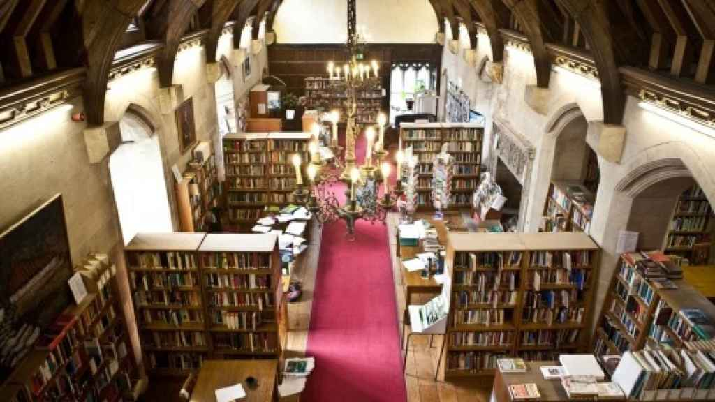 La gran biblioteca del UWC Atlentic College.
