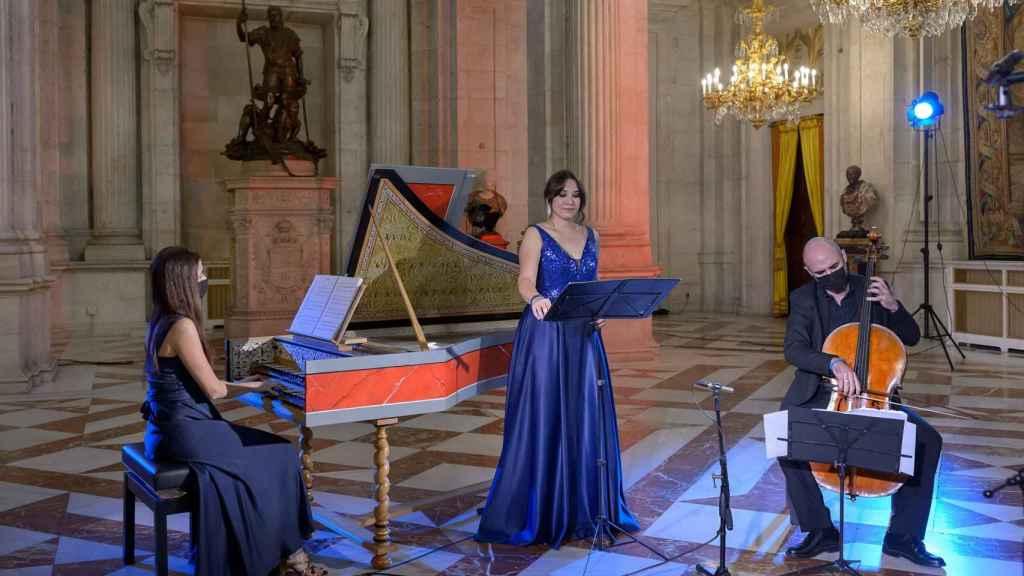 Instante del concierto celebrado en el Salón de Columnas del Palacio Real.