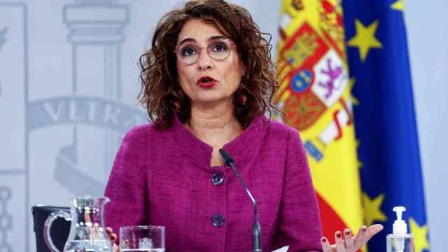 El 'efecto Illa' anima a Pedro Sánchez a repetir la operación en Andalucía con María Jesús Montero