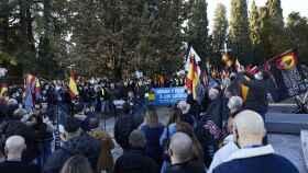 Varias personas participan en una marcha neonazi en Madrid (España), a 13 de febrero de 2021, convocada por el colectivo Juventud Patriota.