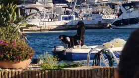 Las bandas de narcotraficantes disponen de ramas secundarias para el suministro de combustible a las embarcaciones que transportan la droga.