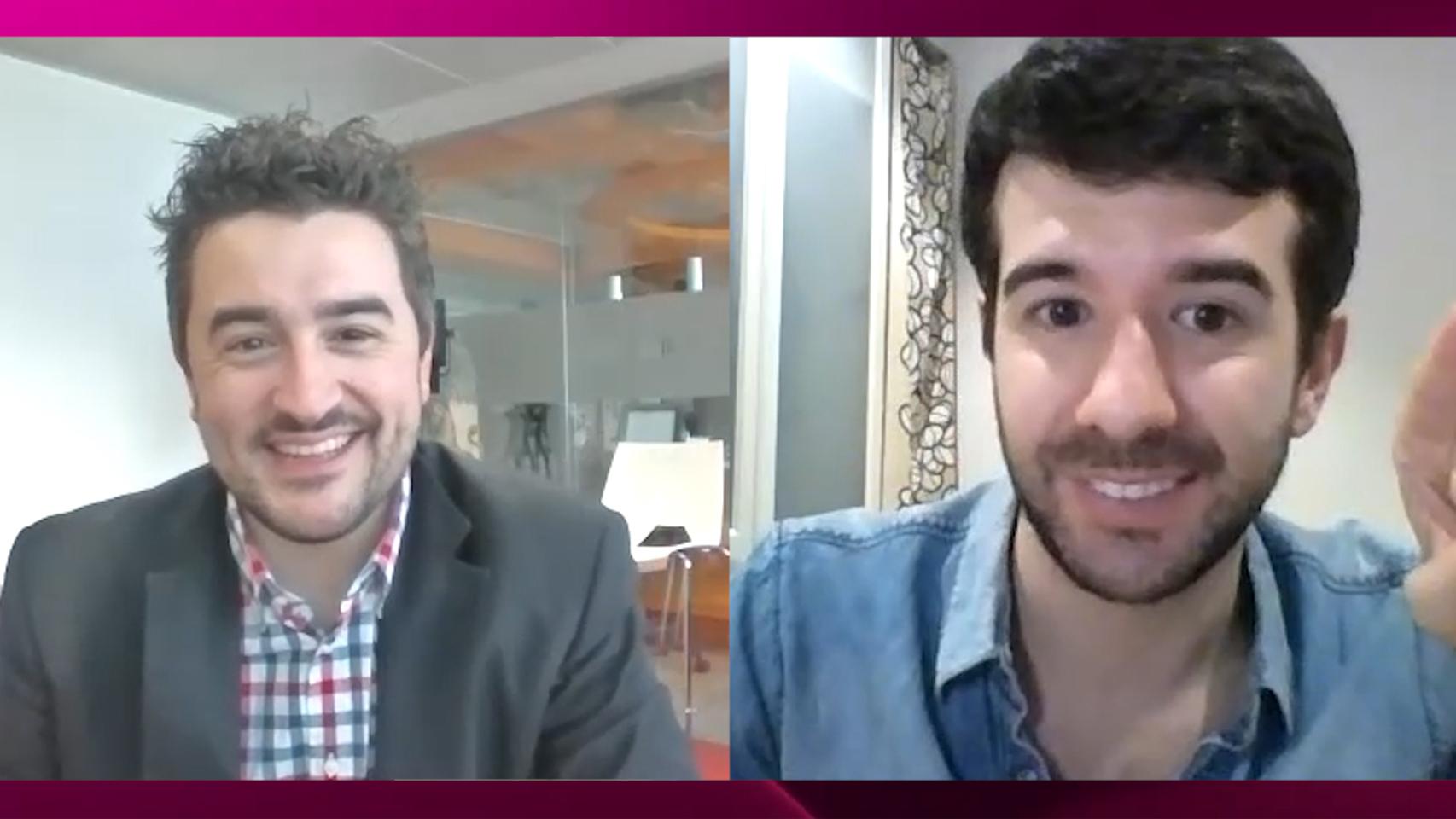 Jesús Carmona y Raúl Rodríguez en el kiosco rosa en vídeo.
