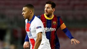 Kylian Mbappé y Leo Messi, en el Barcelona - PSG de la Champions League 2020/2021