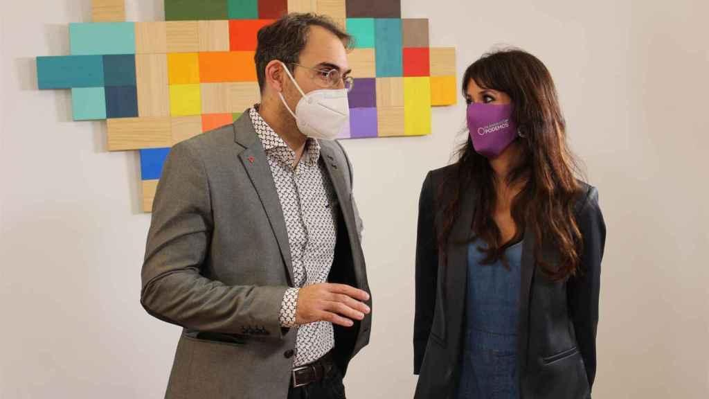 Los dirigentes de IU y Podemos en Andalucía, Toni Valero y Martina Velarde.