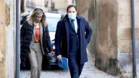 Paco Núñez y Lola Merino llegando al Palacio de Fuensalida este jueves