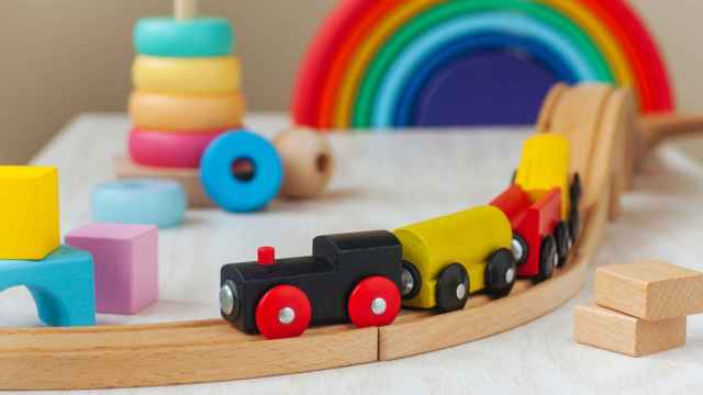 Descubre los beneficios de los juguetes de madera para los más pequeños