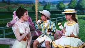 Fotograma de Mary Poppins, la niñera entregada a que los niños no se aburrieran en la ausencia de sus padres.