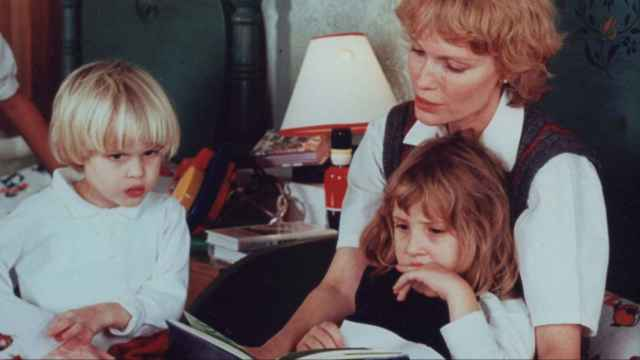 Mia Farrow toma la palabra en 'Allen v. Farrow'.