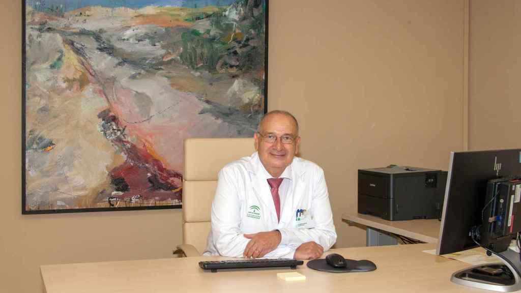 El director adjunto del hospital Covid de Sevilla,  Luis Martínez.