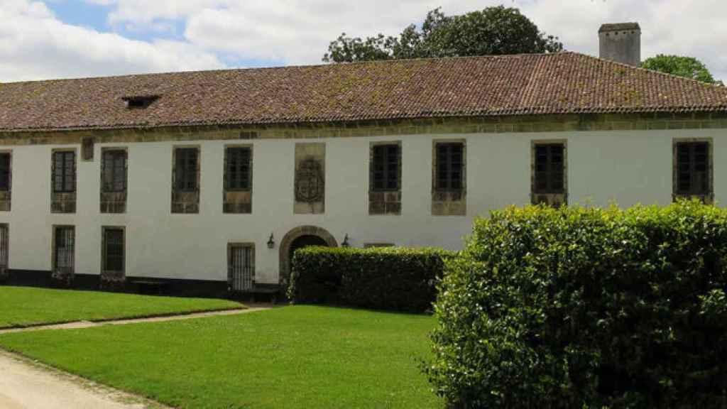 El pazo de Santa Cruz de Rivadulla, propiedad de la familia Armada.