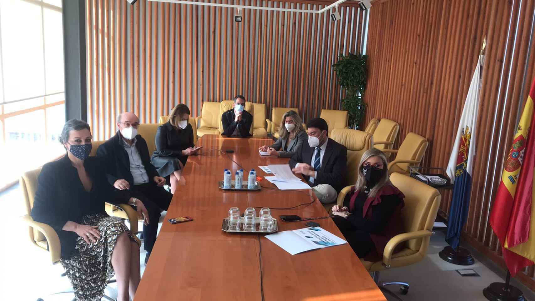 Reunión del Ayuntamiento con los responsables hoteleros.