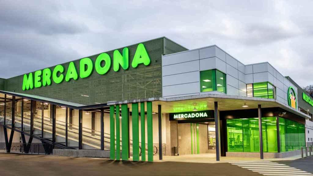 Pese a que acude a varios supermercados, Sonsoles Ónega compra en Mercadona.