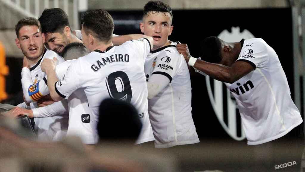 El Valencia celebra un gol ante el Celta