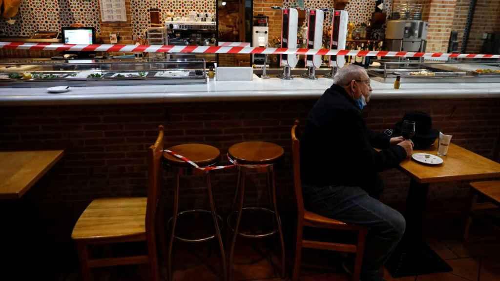 Un restaurante con restricciones en Madrid.