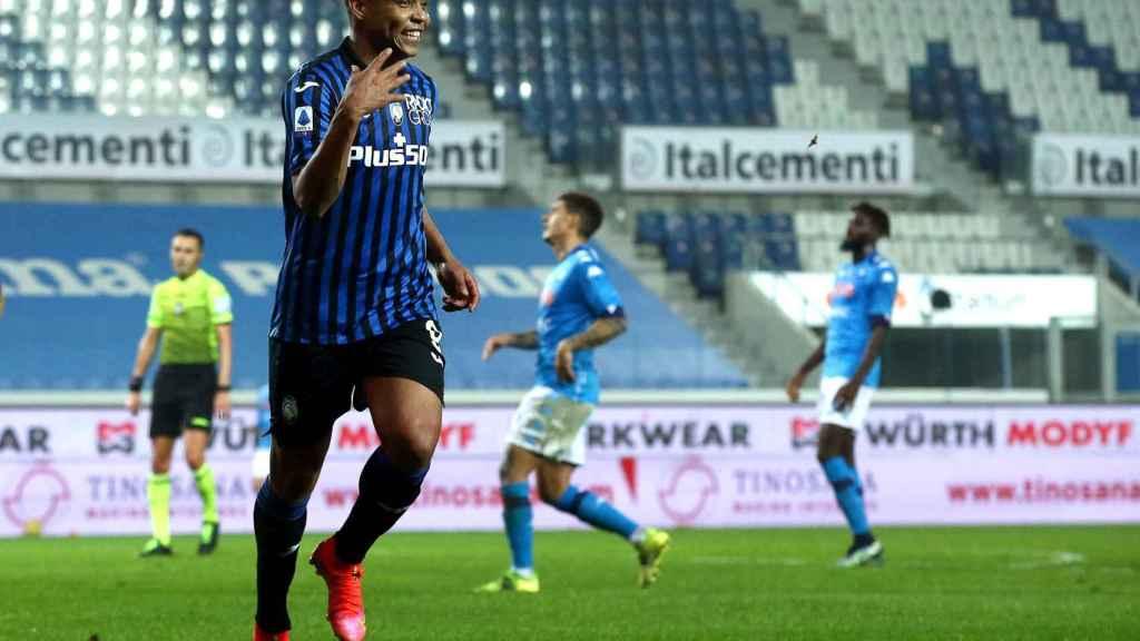 Luis Muriel celebra su gol en el Atalanta - Nápoles