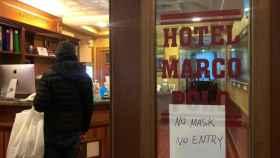 Uno de los residentes en el hotel Marco Polo en Roma.