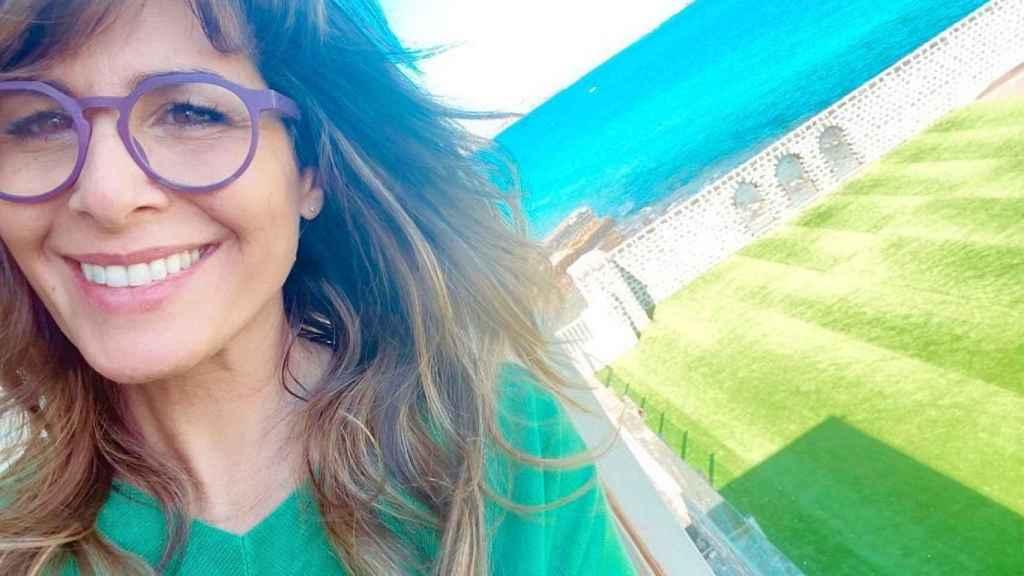 Nuria Roca luce una gran sonrisa desde Fuerteventura.