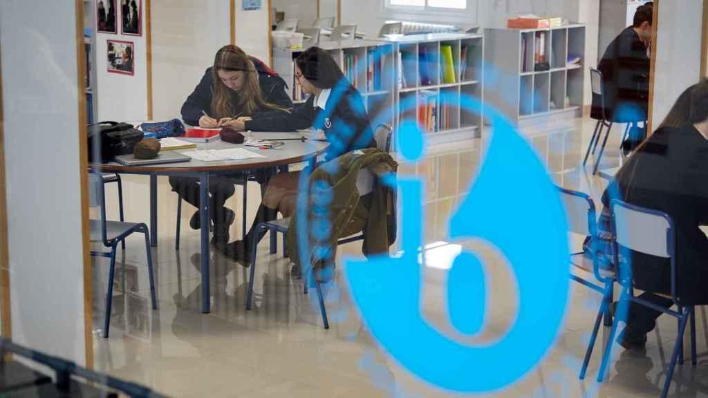 Espacios de estudio en uno de los centros SEK, en España.