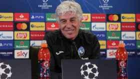 Gian Piero Gasperini, durante la rueda de prensa