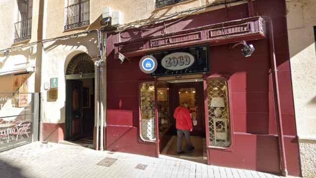 La pensión Vianesa, en Valladolid, el lugar donde han hallado a la mujer muerta de 41 años.