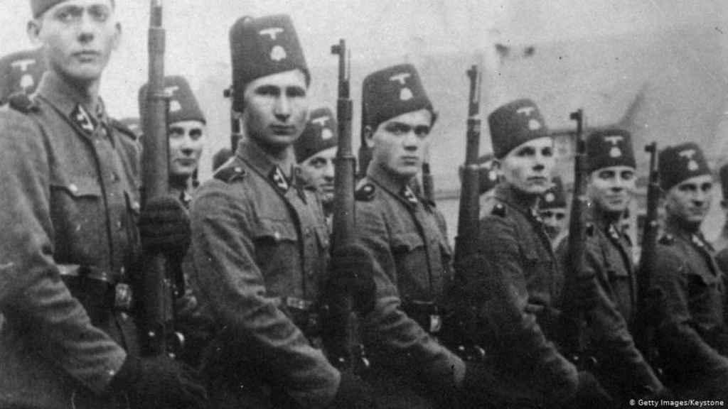 Bosnios musulmanes en la Wehrmacht.