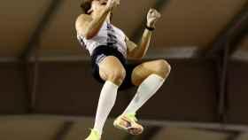 Dejemos la euforia para deportistas como Armand Duplantis.