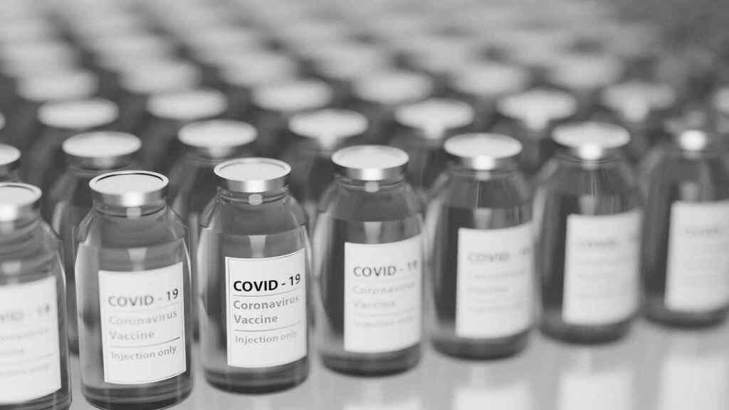 Viales con la vacuna contra la Covid.