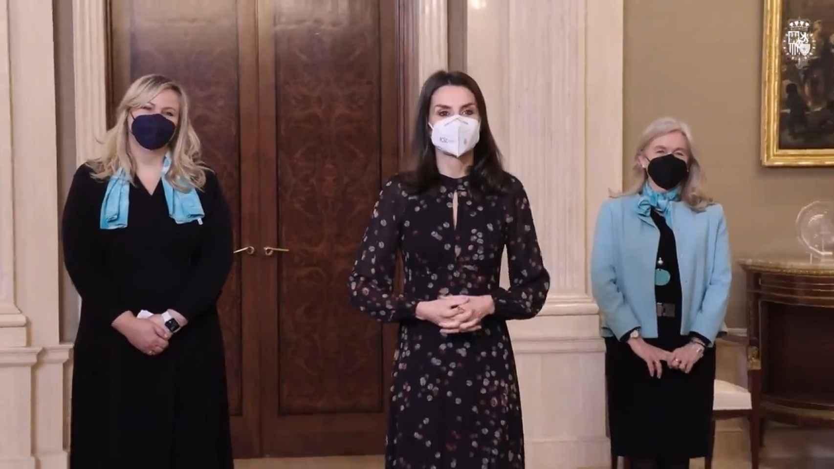 La Reina Letizia recupera su aplaudido vestido 'confeti'