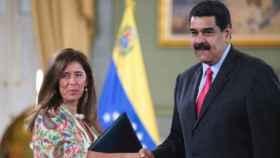 Isabel Brilhante Pedrosa y Nicolás Maduro en una imagen de archivo.