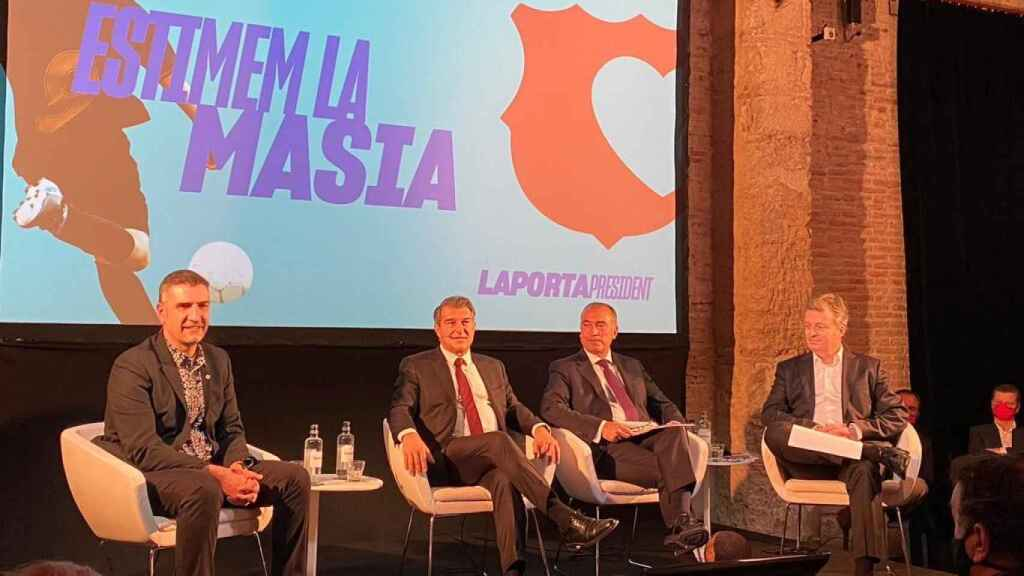 Jordi Mompart, Joan Laporta, Xavi Budo y Rafa Yuste en la presentación del proyecto deportivo de la candidatura Estimem el Barça. Foto: Twitter (@estimemelbarca)