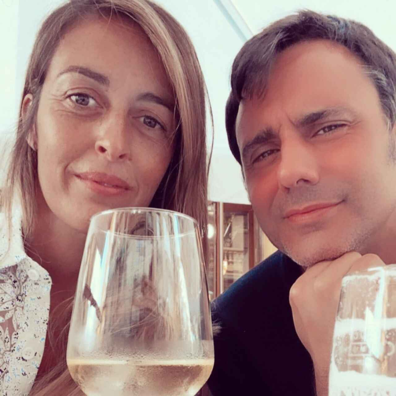 El presentador junto a su mujer, María Amores, en una foto de las redes de ella.