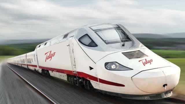 Tren Talgo. Imagen de archivo
