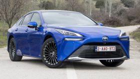 Nuevo Toyota Mirai, un coche eléctrico alimentado de hidrógeno.