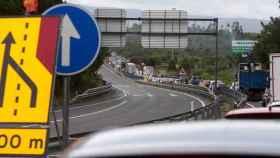 Retenciones en el paso fronterizo entre los municipios de Tui (Pontevedra) y Valença do Minho (Portugal).