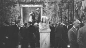 La Dama de Elche y, al fondo, la 'Inmaculada' de Murillo tras regresar de Francia.