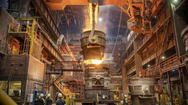 Descarbonizar la gran industria con hidrógeno tiene una 'pega': la inversión milmillonaria