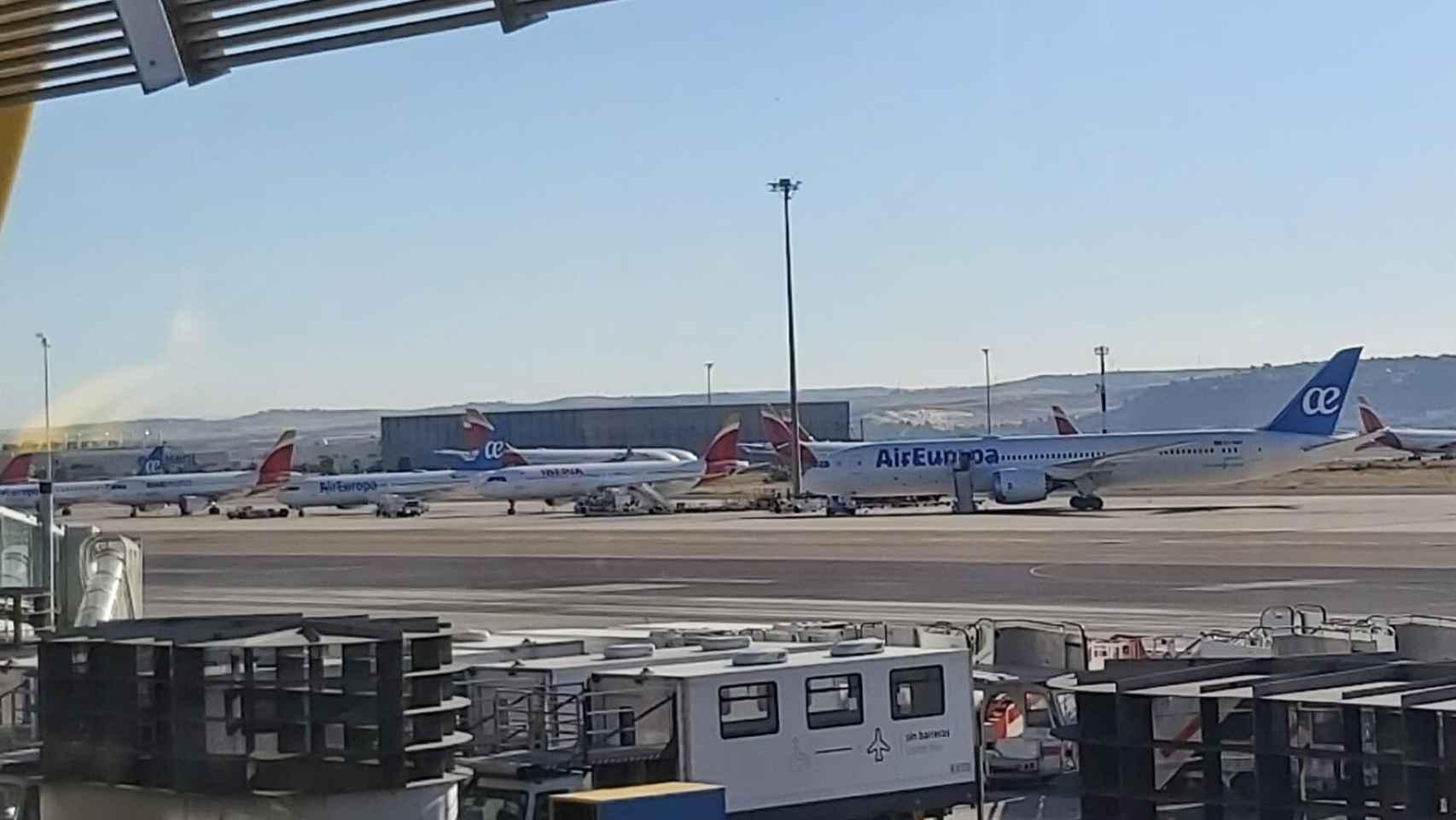 Varios aviones.