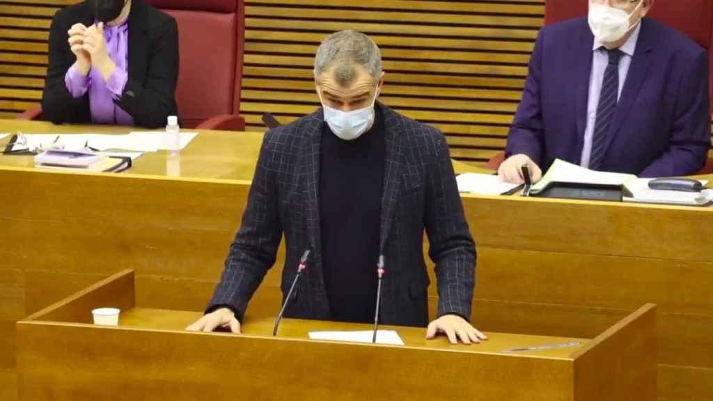 Toni Cantó durante su intervención en las Cortes Valencianas.