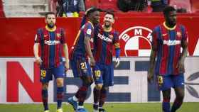 Messi y Dembélé celebran un gol