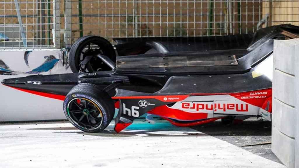 El coche de Alex Lynn tras su accidente